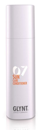 SUN Care Conditioner - odżywka o głębokim działaniu z filtrem UV do natychmiastowej, intensywnej pielęgnacji, znakomicie ułatwia rozczesywanie włosów po ekspozycji na słoną lub chlorowaną wodę.